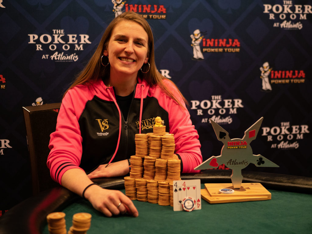 Molly Mossey wins the trophy at iNinja Atlantis Poker Tournament